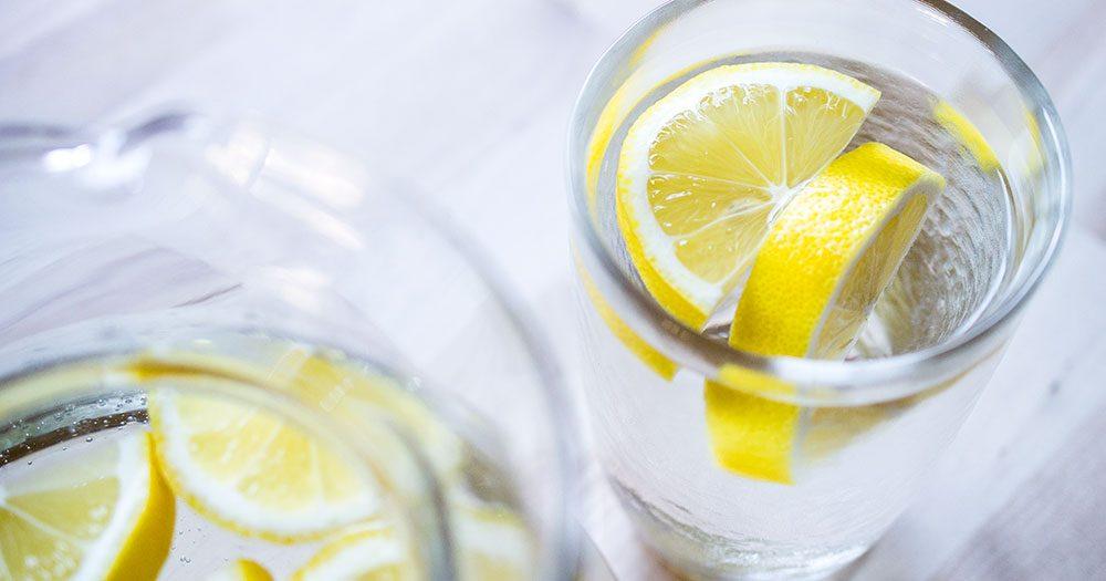 Rezultat slika za limun i voda