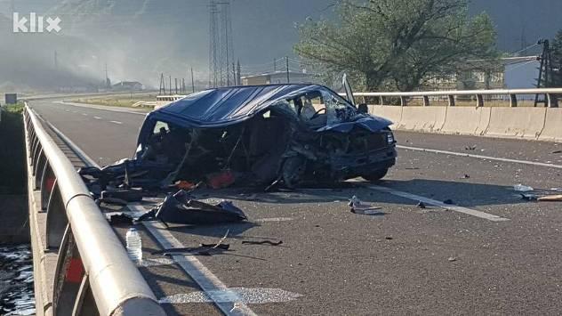 nesreca autoput dobrinje
