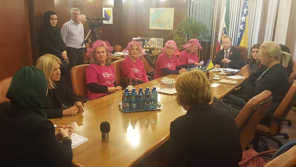Upoznavanje žene sa karcinomom dojke
