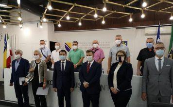 Sa sastanka premijera Mirze Ganića i ministara u Vladi Zeničko-dobojskog kantona sa delegacijom Saveza samostalnih sindikata BiH